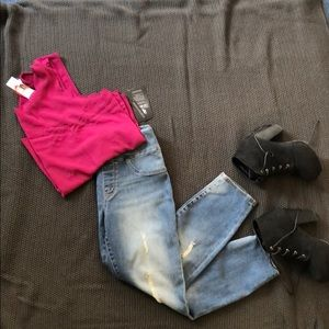 BNWT! Rock & Republic Fever Pull-on Crop